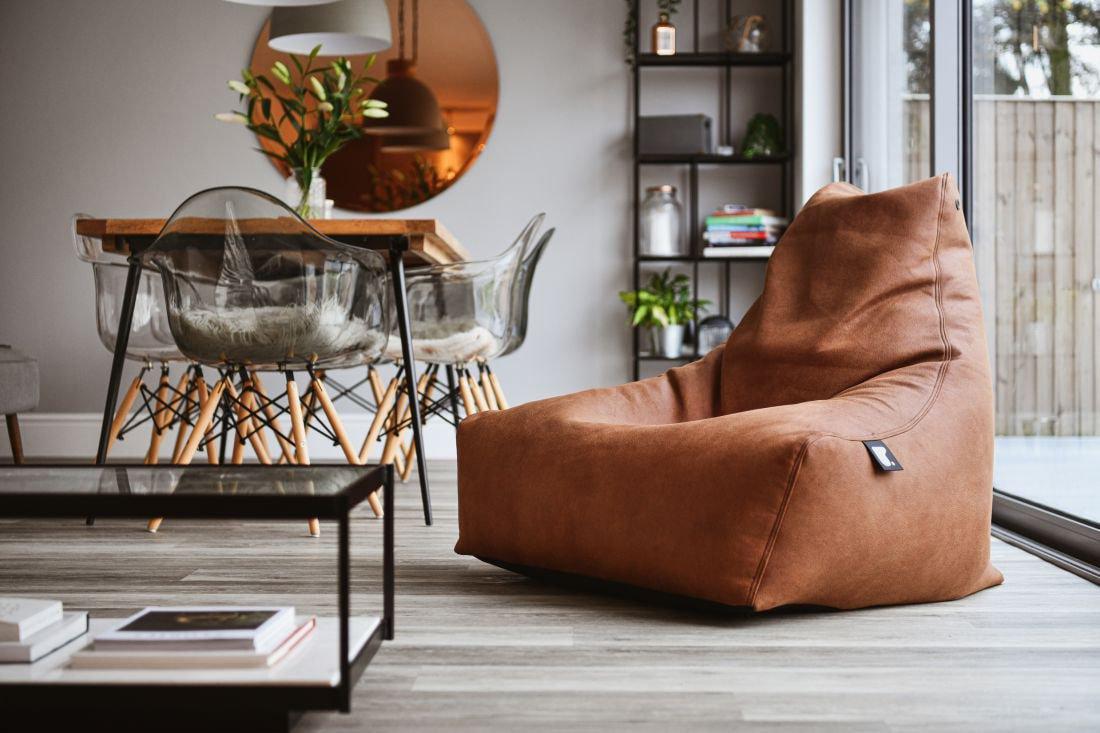 extreme lounging bbag mightyb indoor zitzak chestnut