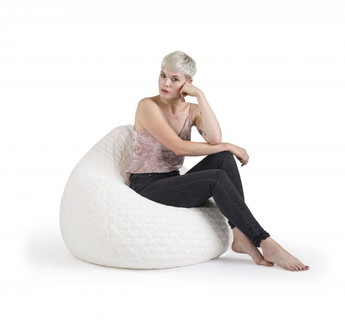 sitting point beanbag fluffy hearts xl wit
